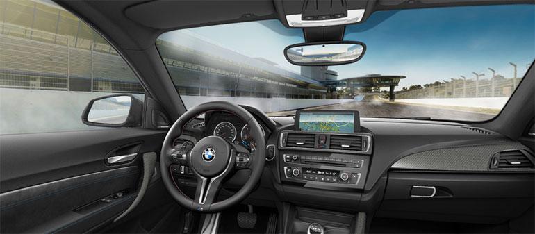 BMW M2 im Autohaus Märtin