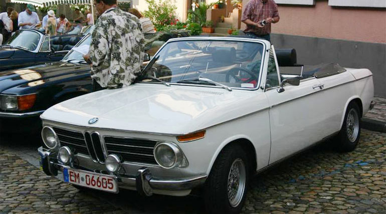 Classic BMW 2002 Cabrio
