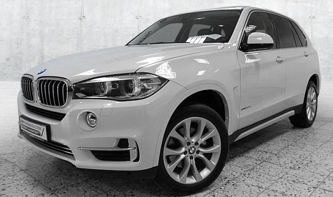 BMW X5 xDrive30d Gebrauchtwagenangebot im Autohaus Märtin