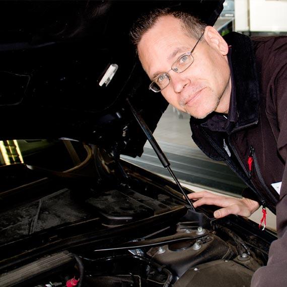 Werkstatt-Service im Autohaus Märtin