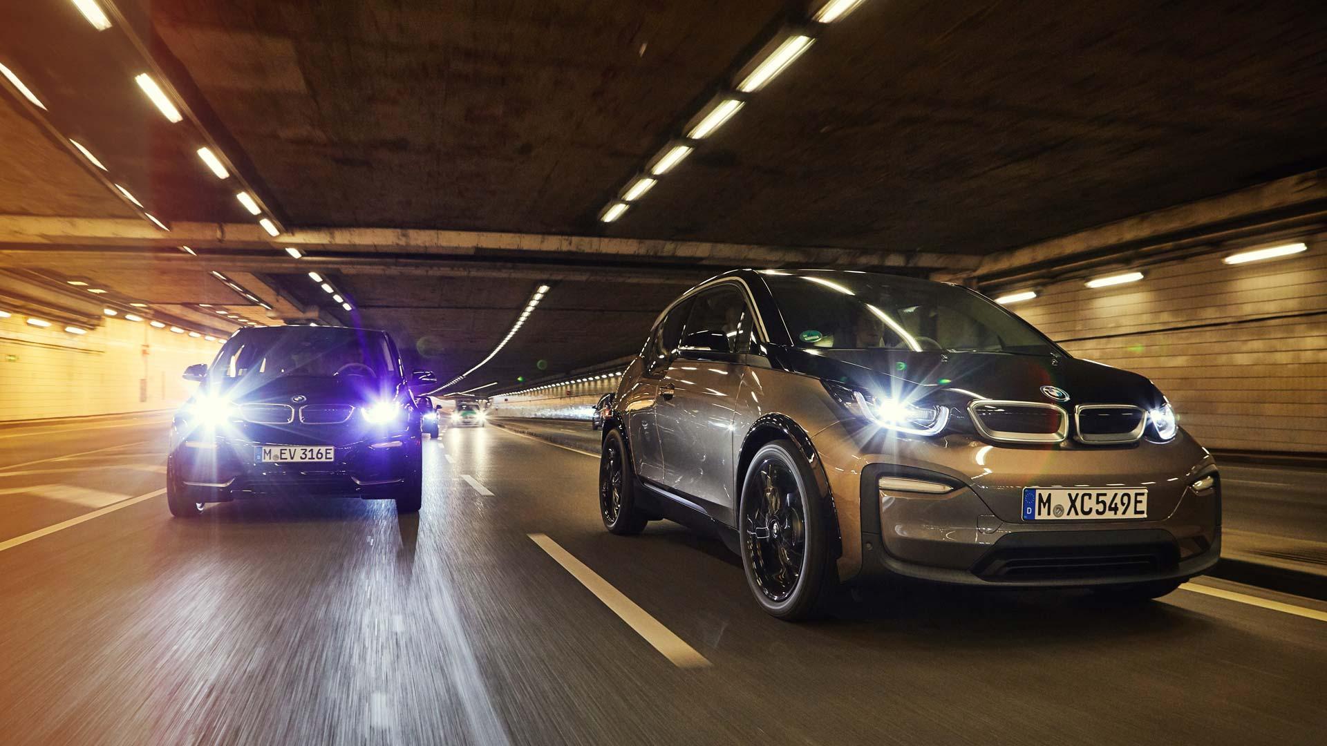 BMW i3s mit 120 Ah Batterie im Autohaus Märtin