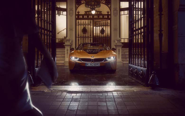 BMW i8 Roadster im Autohaus Märtin