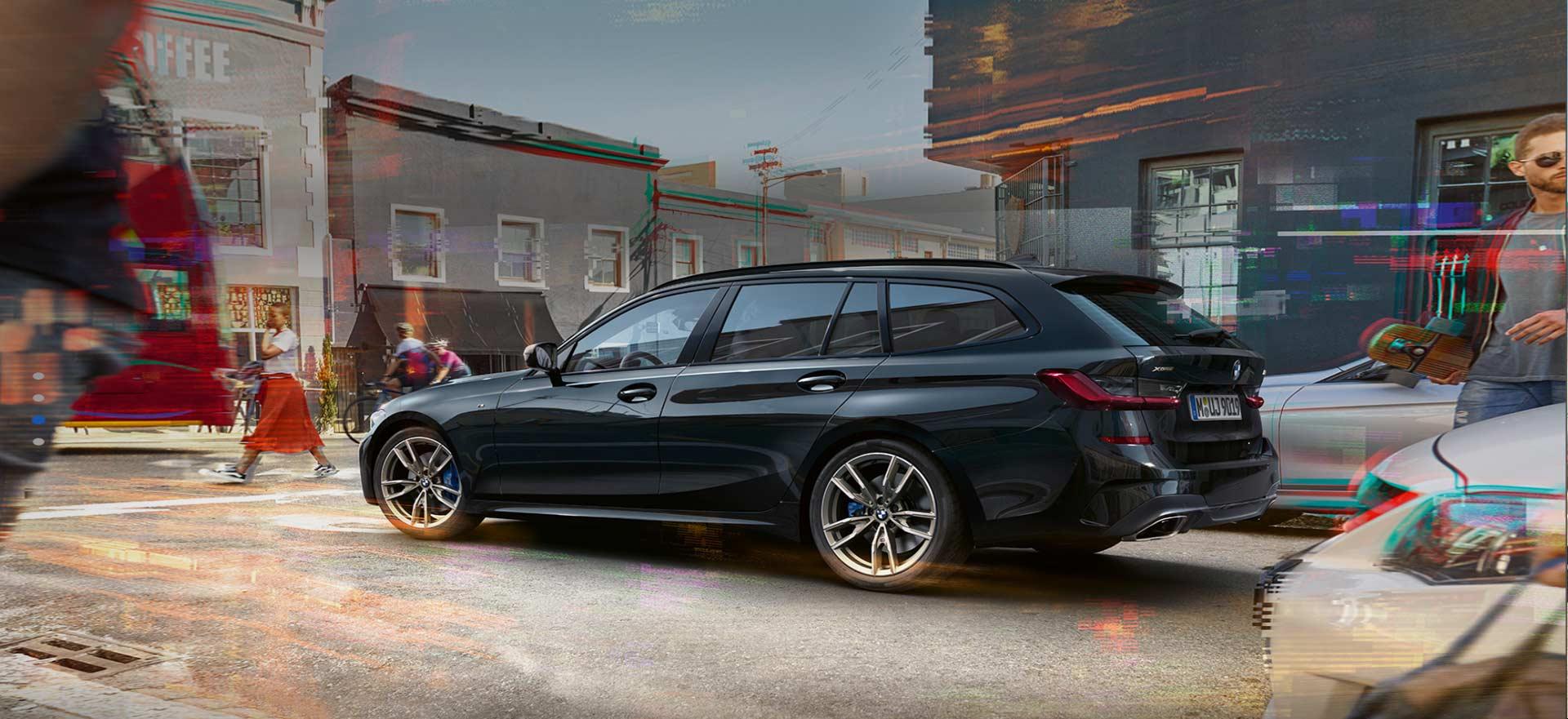 Neuer BMW 330i Touring als Gewerbekundenangebot im Autohaus Märtin